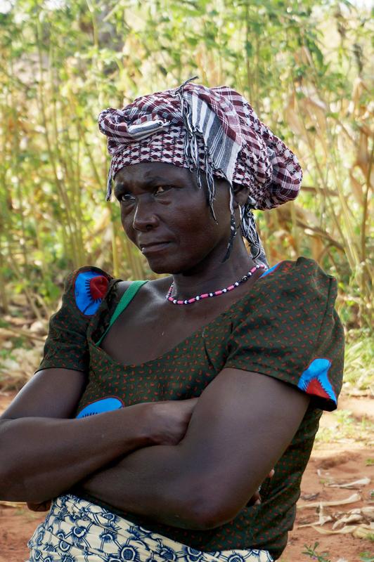 Femme responsable du comité eau, Nagou, Togo.