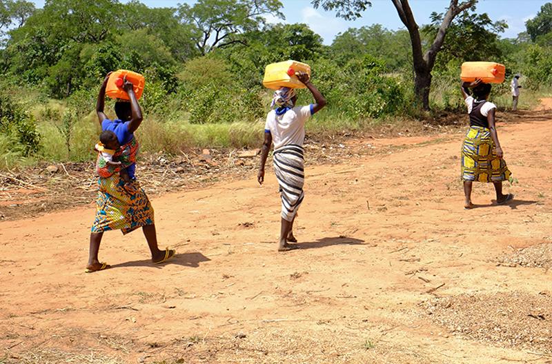 transport de l'eau, Région des Savanes, Togo