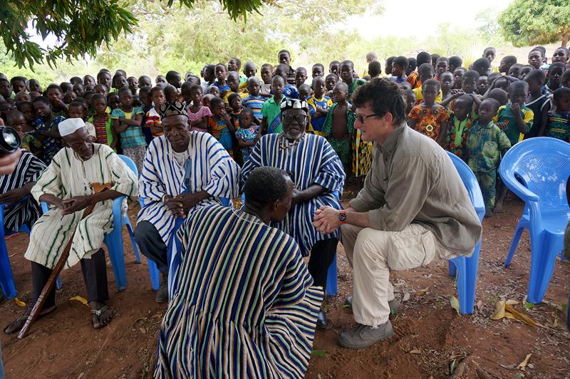 Discussionavec les chefs à Lokpergou, Région des Savanes, Togo