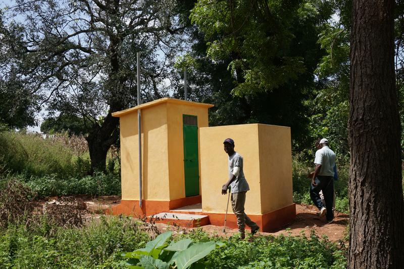 Construction d'une maternelle avec latrines au village de Djapak, Région des Savanes, Togo