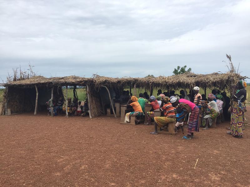 Réunion d'information avec Kona et Malabate, région des Savanes, Togo.